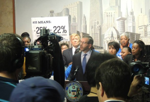 Group Calls for $15 -an- hour Minimum wage in Chicago